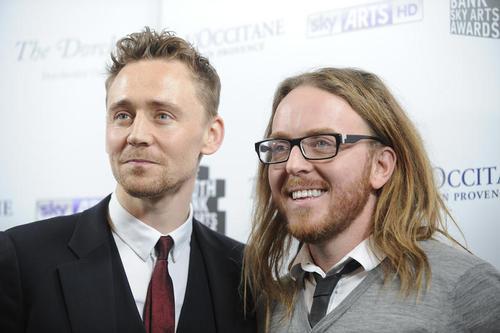 Tom Hiddleston and Tim Minchin